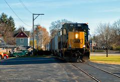 Troy Street Running (Wheelnrail) Tags: csx csxt locomotive emd gp403 railroad rail road rails street running local ohio grain elevator fall autumn harvest residential