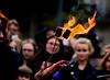 Chaud devant, chaud ! (Loanne Lo ou Lolo) Tags: feu zombiewalk mains paris foule