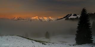 Coucher de soleil sur le brouillard (Switzerland)