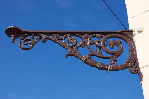Detal architektoniczny (Sienkiewicza 5) w Łęczycy