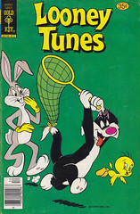 Looney Tunes #23 (micky the pixel) Tags: comics comic heft humor funny goldkey warnerbros westernpublishingcompany looneytunes bugsbunny sylvester tweety