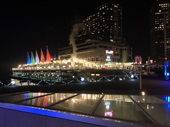 SHAW Cable 2017 Christmas Party, Vancouver, BC. Canada (GO®D WEISFLO©K) Tags: shawcable2017christmasparty vancouver bccanada canadaplace gordweisflock weisflock