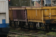 503542 Hoo Junction 101117 (Dan86401) Tags: hoojunction 503542 mla bogie open ballastbox wagon freight greenbrier ews db dbcargo redsnapper fishkind engineers departmental infrastructure