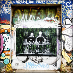 computer freaks mural (piktorio) Tags: berlin germany mural streetart friedrichshain wall graffiti piktorio painting computer online connection pair quote stencil