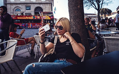 Time for a selfie (Vitor Pina) Tags: street streetphotography scenes streets moments mulher photography people portraits urban urbano rua contrast candid fotografia woman