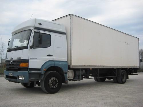 buy a box truck