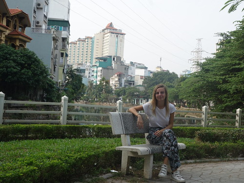 Julie dans la ville