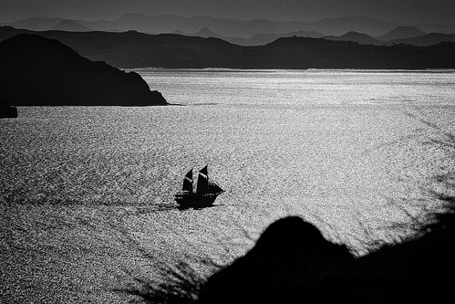 Sailing in the light, Padar Isand - Komodo National Park