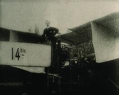 Santos Dumont e o 14 bis (Arquivo Nacional do Brasil) Tags: aviação santosdumont avião 14bis plane invenção inventor memóriadaaviação aircraft históriadaaviação arquivonacional arquivonacionaldobrasil nationalarchivesofbrazil história memória