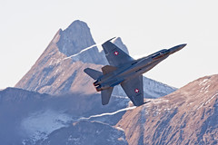 Swiss Air Force F/A-18 Hornet (Michal Jeska) Tags: swiss air force fa18 hornet fliegerschiessen axalp 2017 fliegerdemonstration canonef400mmf56lusm fighter multirole combat jet supersonic attack aircraft aviation military canoneos40d canon40d