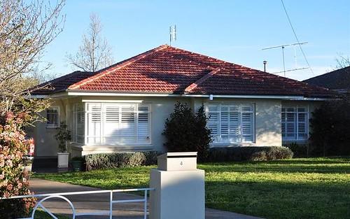 4 Rowan St, Orange NSW 2800