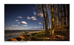 Herbst an der Ostsee / autumn on the baltic sea (H. Roebke (offline for a while)) Tags: canon1635mmf28lisiii de canon5dmkiv color landschaft nature himmel lübeckerbucht wald natur clouds 2017 ostsee farbe forest wolken sky tree baum landscape lightroom germany