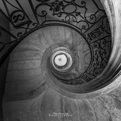 - spiral stairs - (FRJ photography) Tags: 54 5dmarkiv architecture canon flickr france square ciel day escalier europe jour marche spiral stairs vue lorraine pont à mousson abbaye des prémontrés moselle saintemariemajeure meurtheetmoselle