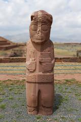 Ruines de Tiwanaku - Bolivie (jmboyer) Tags: bo2889 ruinesdetiwanaku tiwanaku ©jmboyer bolivie bolivia travel ameriquedusud canon voyage nationalgeographie potosi canon6d yahoophoto géo yahoo photoyahoo flickr photos southamerica sudamerica photosbolivie boliviafotos bolivien bolivienne tribal canonfrance eos googlephotos instagram