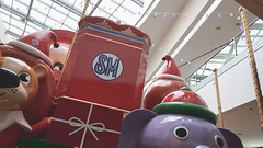 SM SUPERMALLS DISNEY THEME & GRAND FESTIVAL OF LIGHTS (29 of 46) (Rodel Flordeliz) Tags: smsupermalls smmoa smsucat smbf pixar disney centerpieces