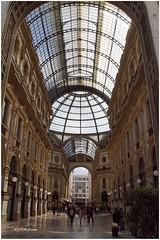 Una galería muy especial (mariadoloresacero) Tags: gallérie gallery galería rey víctor manuel vittorio mannuelii italie italia milán mdacero acero