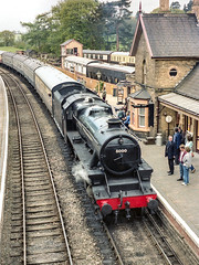 Arley on the Severn Valley Railway (ricsrailpics) Tags: uk worcestershire upperarley severnvalleyrailway svr locomotive steam stanier black5 460 station
