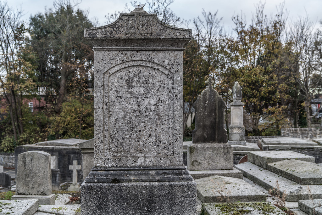 MOUNT JEROME CEMETERY IS AN INTERESTING PLACE TO VISIT [IT CLOSES AT 4PM]-134272
