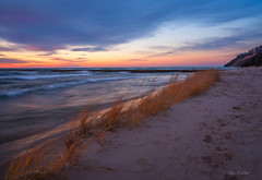 Meet the Sky (Ping...) Tags: breeze wave chill wind lakemichigan sunset sand grass water path light
