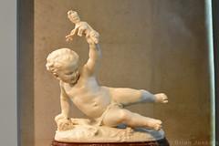 L'Amour à la Folie (1872) (Bri_J) Tags: caloustegulbenkianmuseum avenidasnovas lisbon portugal gallery artgallery art lisboa nikon d7200 l'amouràlafolie baby sculpture jeanbaptistecarpeaux