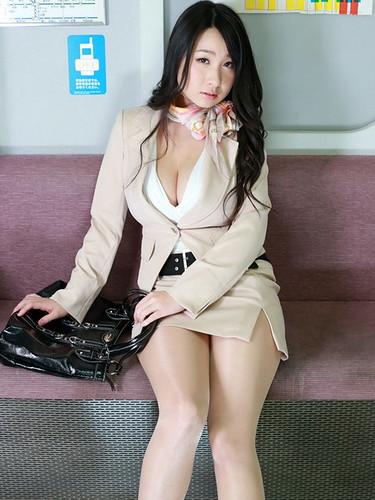 桐山瑠衣 画像42
