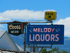 Musical booze (jimsawthat) Tags: smalltown lander wyoming neon plasticsign metalsign vintagesign liquor