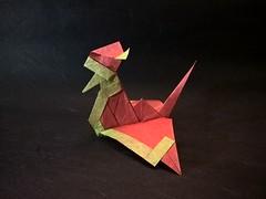 Santa Crane (Y. Arisawa) (Helyades) Tags: arisawa origami santa crane grue animal oiseau bird secret carré square papier paper soie tissue noël pli pliage fold costume