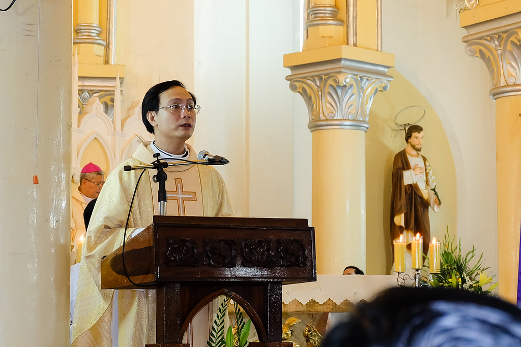 Caritas Duc tham Da Nang-13
