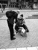70 ans - j'ai faim (Franco & Lia) Tags: street paris ladéfense photographiederue fotografiadistrada parigi francia france biancoenero noiretblanc blackandwhite amitié beggar mendiant mendicante contrapposizione juxtaposition