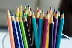 Lápis de cor (Paulo Mauricio) Tags: lapis cores arte desenho desenhar write colors pencil