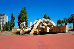 Earthquake Sculpture (k4eyv) Tags: earthquake sculpture sanfrancisco california leicaq leica