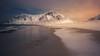 Noches de Nostalgia, Rescates de Lofoten (sgsierra) Tags: lofoten islas nocturna playa montaña mar nieve snow frio invierno color calido agua