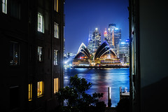 The Kirribilli Peak (Leighton Wallis) Tags: sony alpha a7r mirrorless ilce7r 55mm f18 emount sydney kirribilli nsw newsouthwales australia sydneyoperahouse apartmentblocks night lights city buildings