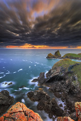 Kynance Cove (Ludovic Lagadec) Tags: cornouailles caplizard kynancecove england angleterre royaumeuni cornwall nationaltrust kynance unitedkingdom greatbritain landscape sunset celtic canon6d coucherdesoleil lizardpoint cornish nature colors