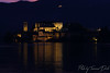 San Giulio island by night. (Tommaso Davite) Tags: isola island san giulio orta night notte dark scuro lago lake riflesso reflection canon canoniani canon1100d eos reflex macchina fotografica camera landscape landscapes paesaggio paesaggi fotografia fotografo foto photography photographer photo photograph piemonte piedmont picture italia italy immagine ottobre october octubre 2k17 2017 29102017