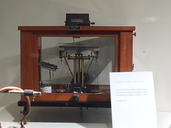 IMG_9614 (Juan Valentin, Images) Tags: nyc university rockefelleruniversity science ciencias université manhattan research investigación cientifico científica exhibition galerias galleries therockefelleruniversity tools instrumentos