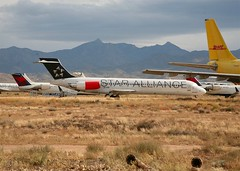 S.A.S   Scandinavian Airlines                                           McDonnell Douglas MD87                                                       SE-DIB (Flame1958) Tags: scandinavianairlines sas mcdonnelldouglas md87 md80 sedib kingman arizona kingmanairfield desertstorage staralliance 081112 1112 2012 dc9 9737