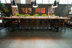 _DSC2231 (fdpdesign) Tags: milano milan italy design arredamento arredo loft grill pizza cerdisa fdpdesign ora luci lights ferro tondini legno wood furniture shopdesign 2017 lampade serafini progettazione