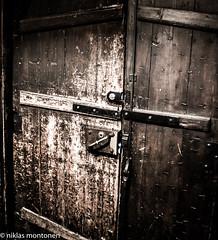 The Sifridus-chalice - the door to the church (aixcracker) Tags: sifridus borgå porvoo suomi finland 1240 nikond800 nikon af 28mm f28 church kyrka kirkko chalice kalk kalkki old gammal vanha november marraskuu autumn höst syksy
