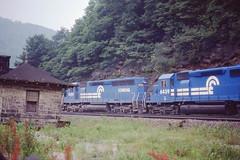 Conrail SD45 #6084 leads a train thru Horseshoe Curve on 7-13-79 (LE_Irvin) Tags: conrail horseshoecurve sd45