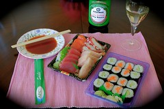 some assembly required (Riex) Tags: glass verre beverage boisson soysauce saucesoja kikkoman meal plate sushi rawfish sashimi makizushi food seafood lunch fish poisson tartare japanese cuisine japonaise suruki supermarket molliestones california nourriture fujifilm xm1 fujinon xc1650mmf3556oisxtrans