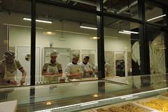 Turtlein (]alice[) Tags: fico italia italie italy cibo food tortellini sfogline pastasfoglia ficobologna bologna lavoro lavorare work trabahar