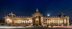 Petit Palais (Julien CHARLES photography) Tags: europe france hdr paris petitpalais carlight carlighttrails cartrails filé longexposure moon night nuit poselongue trails