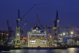 Dock Elbe 17 - 04121703