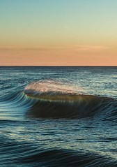 Waves after waves (BY DIMWORKS) Tags: dimworks canon 5dmk4 50mm sea beach sunset