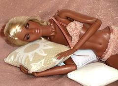 Nadja Sleeping (mystikatz) Tags: nadja sleeping nuface fashion royalty