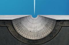 Impact (Through the eyes of Sérgio Gonçallo) Tags: archictecture lines águeda composição portugal city sky airplane tracks airplanetracks nikon