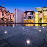 _MG_1918_web - Reichstag & Bundestag before sunrise thumbnail