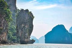 ... James Bond Island ... (wolli s) Tags: jamesbond jamesbondisland phangngabay phangnga sea thailand themanwiththegoldengun blue water tambonlaemsak changwatkrabi th khaotapu ngc