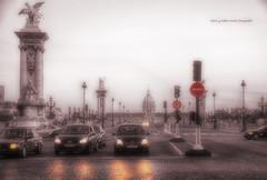 (794/17) Anochece en Paris (Pablo Arias) Tags: pabloarias photoshop photomatix capturenxd carretera auto coche cielo neblina edificio monumento semáforo tráfico paris francia